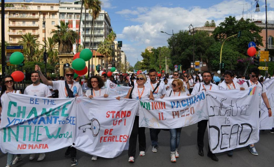 Street parade from Aula Bunker to _Falcone s Tree__Palermo 23-05-2015.jpg